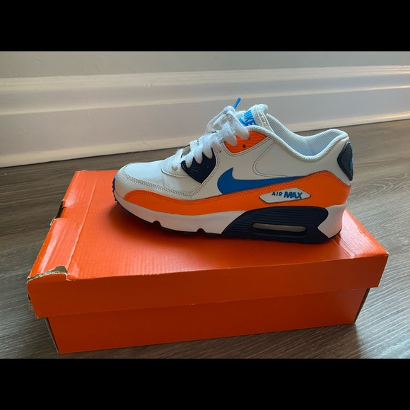 Selling Nike Air Max